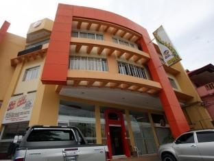 Sunflower  Hotel Davao City - Hotellet udefra