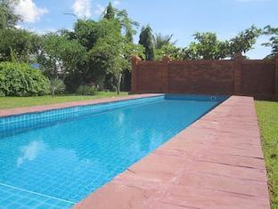 Deluxe Homestay - La Residence Mandalay Vientiane - Piscina