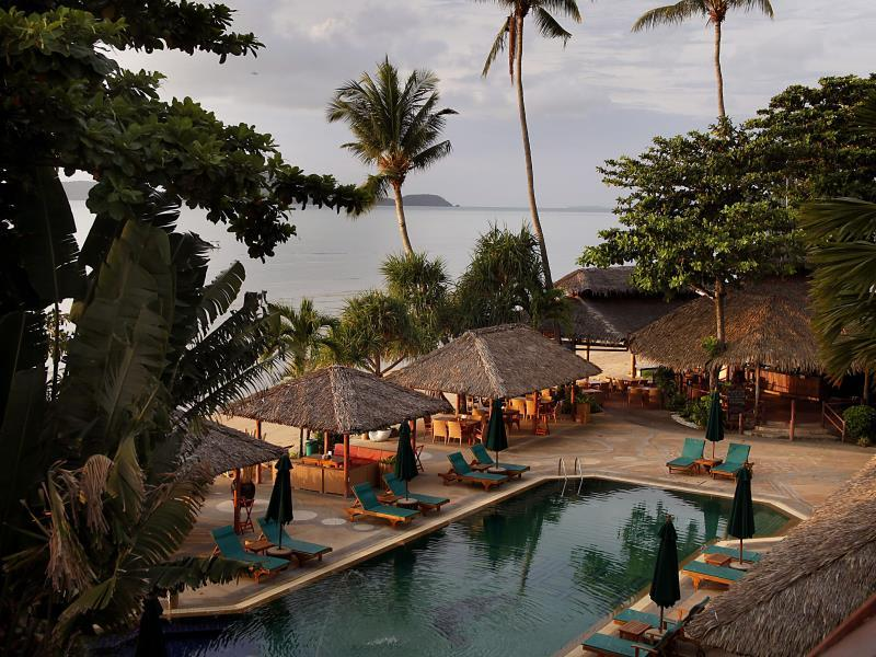 Friendship Beach Resort & Atmanjai Wellness Centre - Hotell och Boende i Thailand i Asien