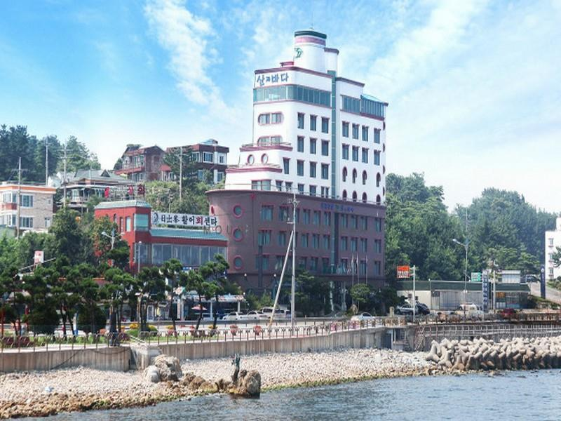 The Ship Hotel - Hotels and Accommodation in South Korea, Asia