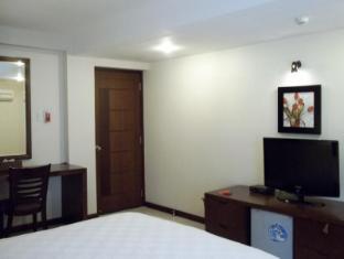 Laguna Hotel - More photos