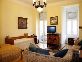 Luxury Parliament Apartment Budapest - Guest Room