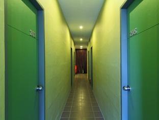 The Room Kuching - Corridor