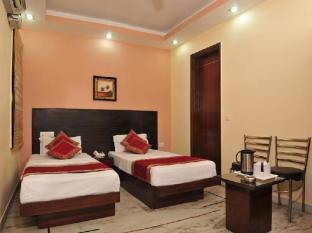 East Inn Hotel New Delhi and NCR - Guest Room