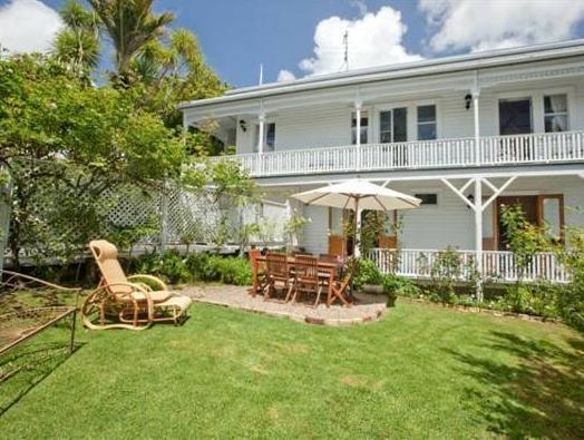 Stafford Villa Auckland - Exterior