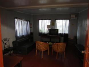 Chateau del Mar Davao - Suite Room