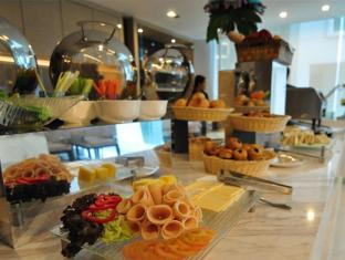Damas Suites & Residences Kuala Lumpur Kuala Lumpur - Food and Beverages