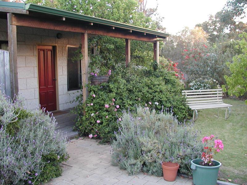 Station House Chalets - Hotell och Boende i Australien , Margaret River Wine Region