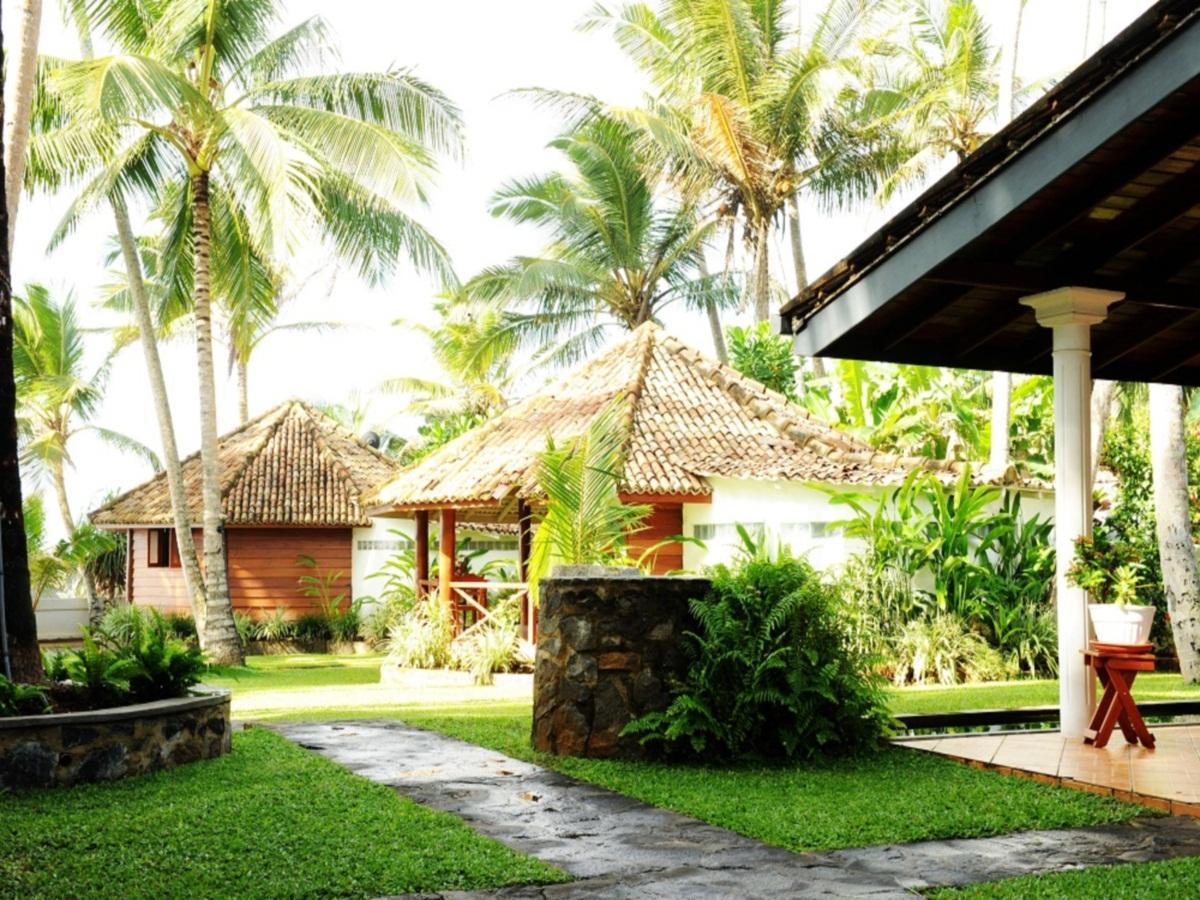 Rockside Cabanas Hotel - Hotels and Accommodation in Sri Lanka, Asia