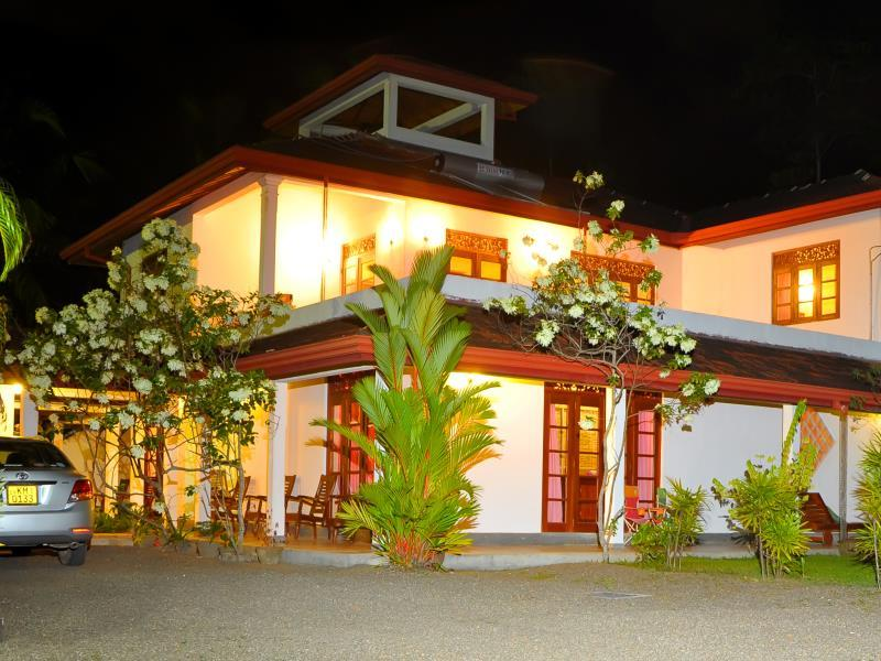 Ayurveda Sakura Villa - Hotels and Accommodation in Sri Lanka, Asia