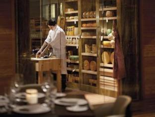 The Ritz Carlton Toronto Hotel Toronto (ON) - Shops