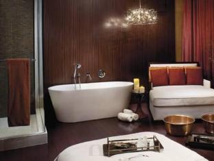 The Ritz Carlton Toronto Hotel Toronto (ON) - Bathroom