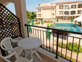 Paradise Bay Hotel Sozopol - Balcony/Terrace