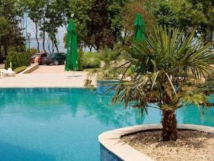 Paradise Bay Hotel Sozopol - Swimming Pool
