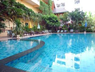 Opey De Place Pattaya Pattaya - Swimming Pool