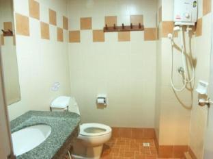 Opey De Place Pattaya Pattaya - Bathroom