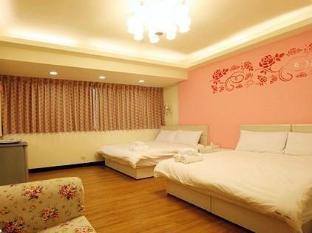 Happy Times Fashion Hotel Taichung - Habitación