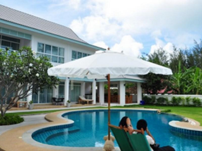 Hotell Baan Jeen Hotel Samroiyod Beach i , Prachuap Khiri Khan. Klicka för att läsa mer och skicka bokningsförfrågan