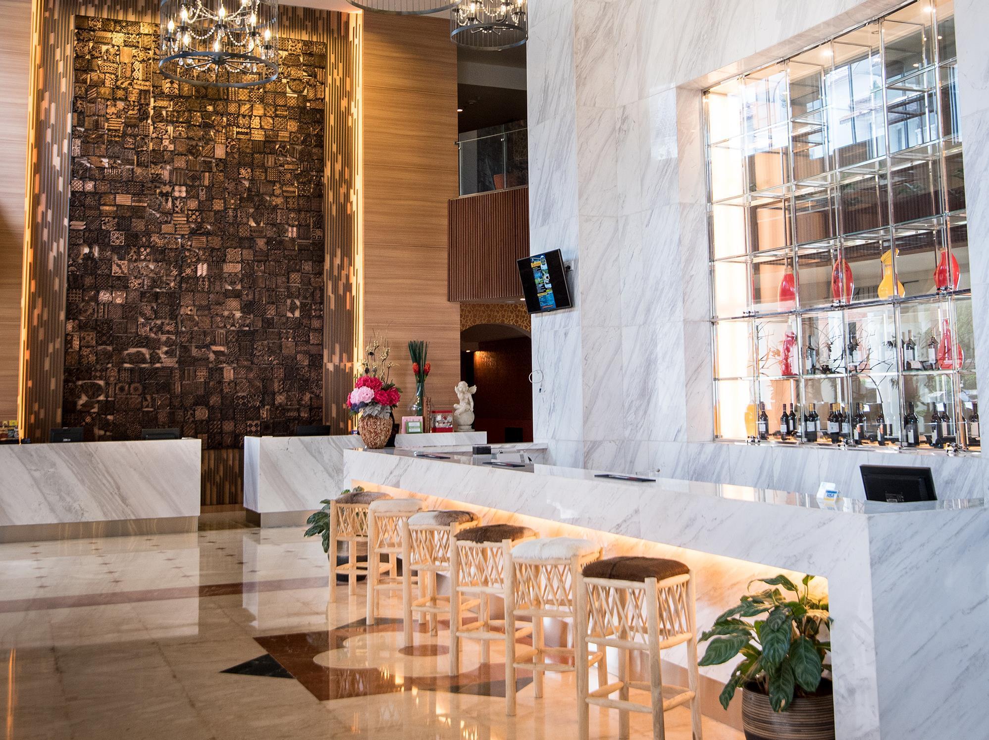 Hotell Crown Vista Batam Hotel