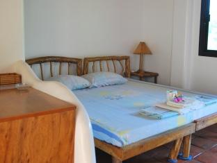 Orient Pearl Resort Puerto Galera - Guest Room
