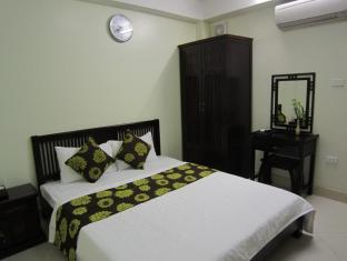 South Gate Hotel - Room type photo