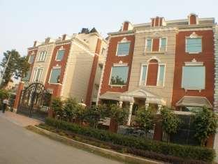 Regalia Greens Hotel