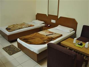 Hotel Silver Shine New Delhi and NCR - Twin Bed Room