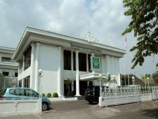 Solo Inn - Hotels and Accommodation in Indonesia, Asia