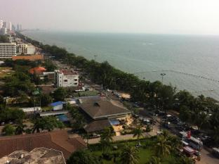 BeachView Apartments @ Jomtien