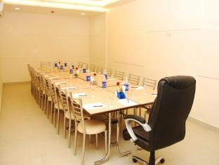 Royal Star Hotel New Delhi and NCR - Meeting Room