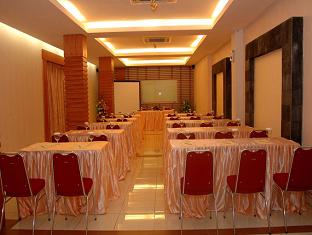 Hotel Arnes Lampung Bandar Lampung - Meeting Room