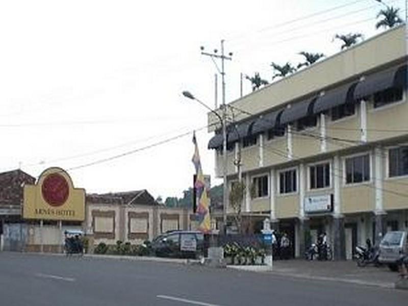 Hotel Arnes Lampung Bandar Lampung - Hotel Exterior