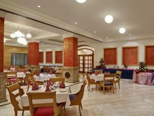 India Awadh Hotel Lucknow - Food, drink and entertainment