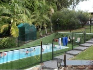 Coachman Motel Toowoomba - Swimming Pool
