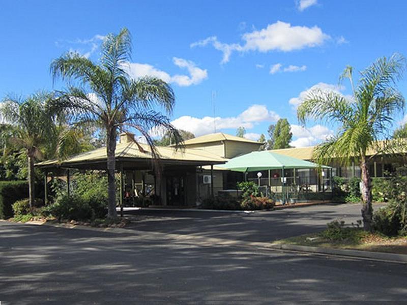 Lake Forbes Motel - Hotell och Boende i Australien , Forbes