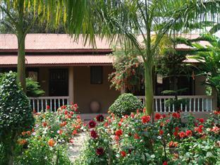 Sauraha Resort 萨乌拉哈度假村