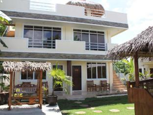 Palms Cove Resort Panglao Island - Superior and Suite Exterior
