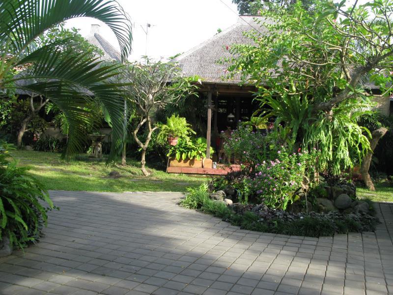 Hotell Villa Uma Suar