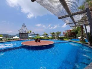 Sea Sun Sand Resort & Spa Phuket - Jaccuzi