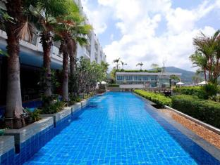 Sea Sun Sand Resort & Spa Phuket - Bể bơi