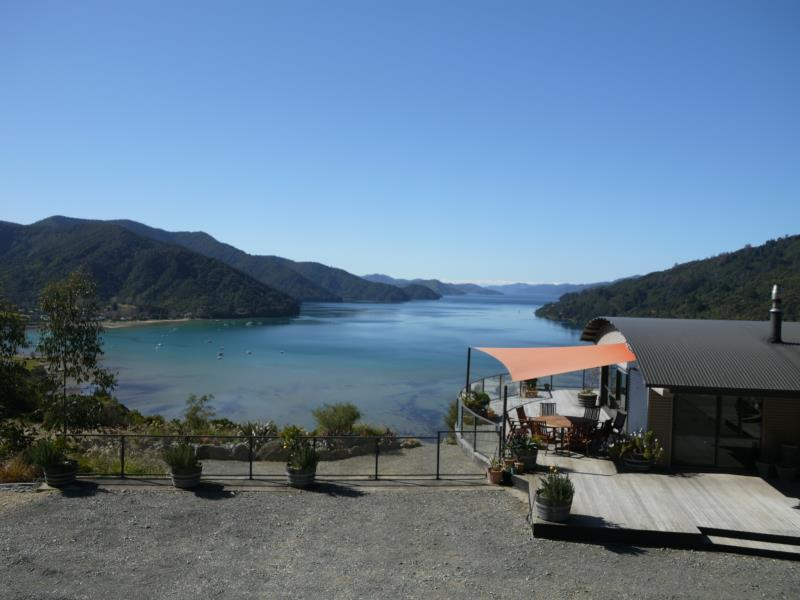 Okiwa Bay Lodge - Hotels and Accommodation in New Zealand, Pacific Ocean And Australia