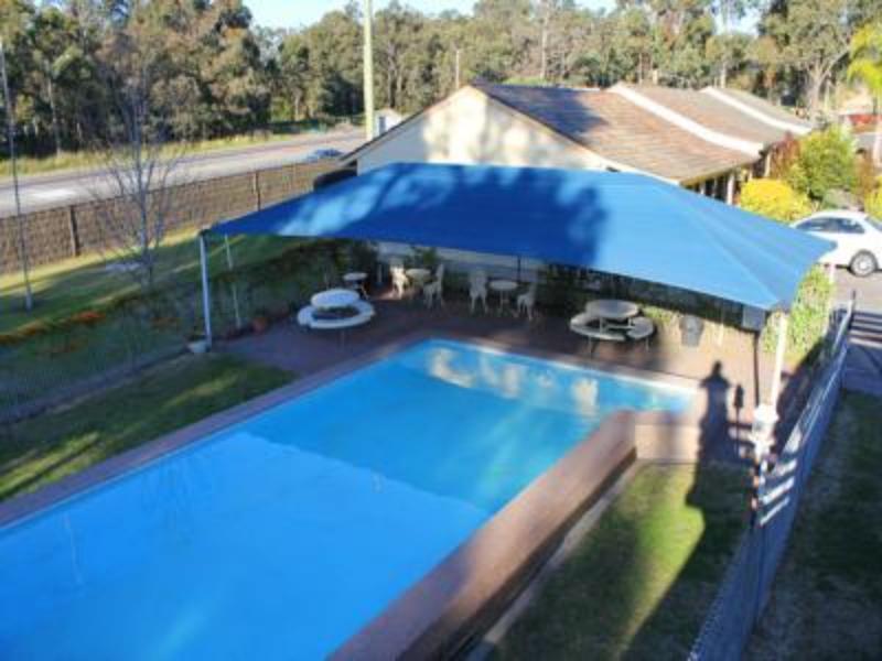 Molly Morgan Motor Inn - Hotell och Boende i Australien , Maitland (NSW)