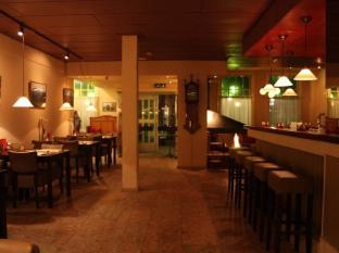 Vincent's Restaurant & The 7 Rooms Hotel | Cheap Hotel in Bangkok Thailand