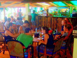 Coasters Sihanoukville - Food, drink and entertainment
