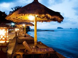 Indonesia Hotel Accommodation Cheap | The Rishi Candidasa Beach Resort Bali - Beach