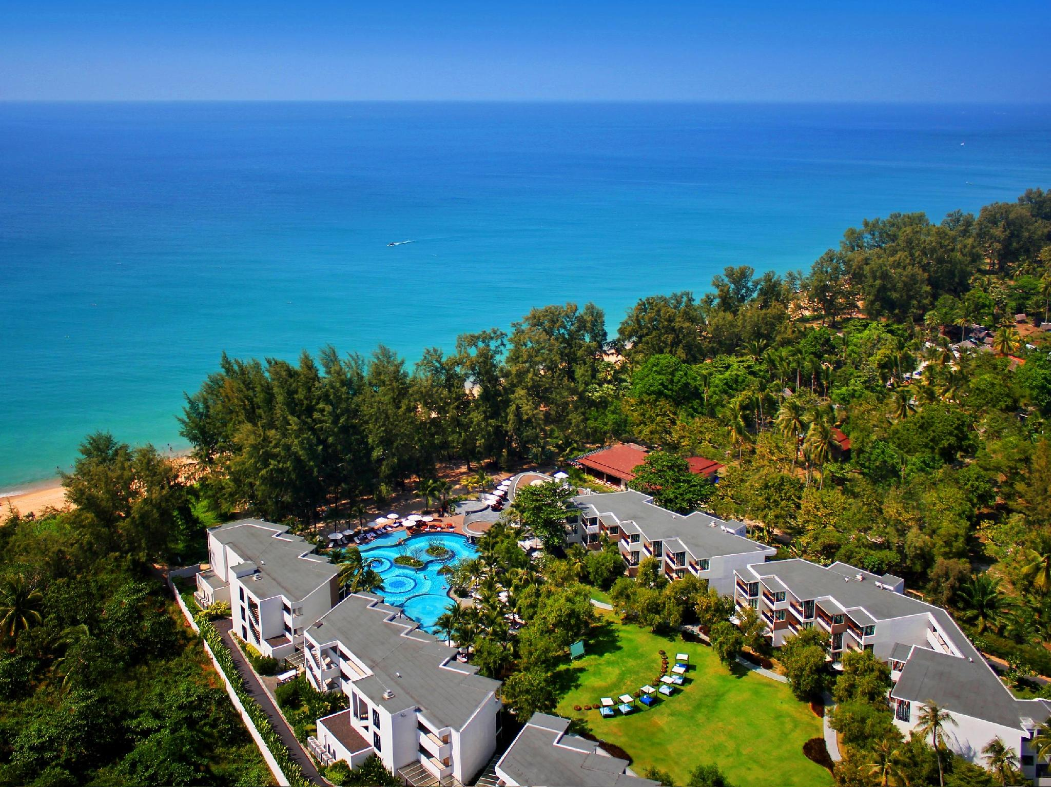 Holiday Inn Resort Phuket Mai Khao Beach プーケット
