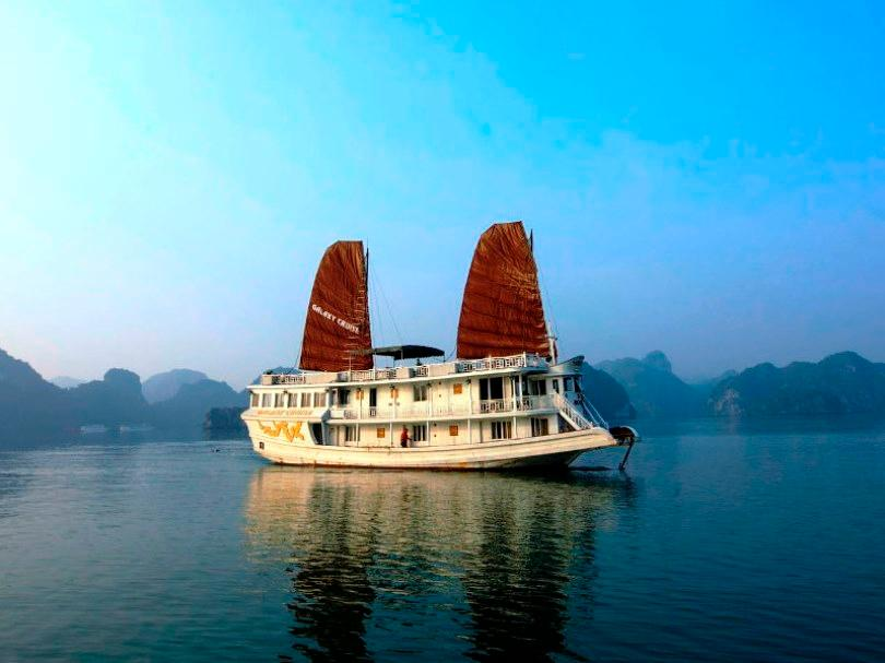 Halong Galaxy Cruise - Hotell och Boende i Vietnam , Halong