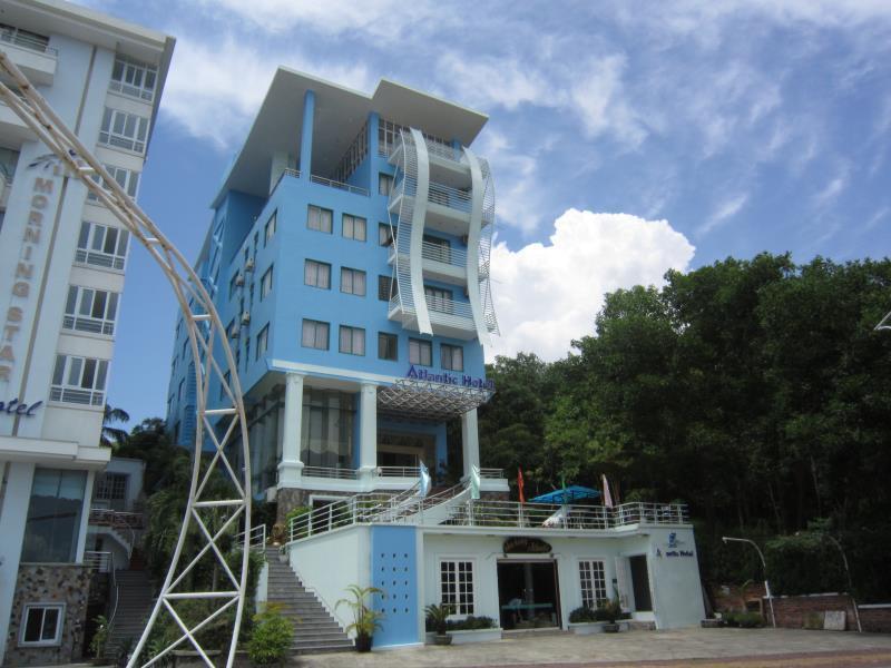 Atlantic Tuan Chau Hotel - Hotell och Boende i Vietnam , Halong