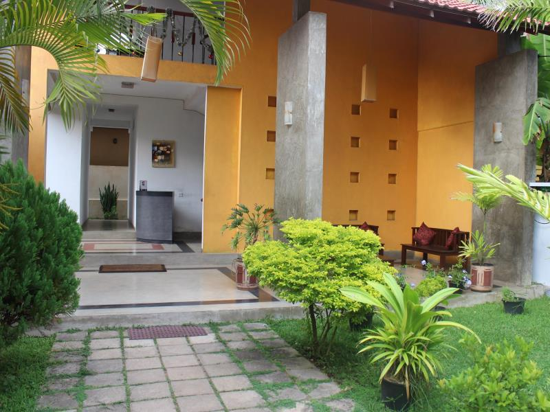 Sanras Holiday Home - Hotels and Accommodation in Sri Lanka, Asia
