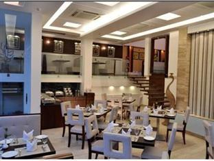 Hotel Raas Vilas New Delhi and NCR - Food, drink and entertainment